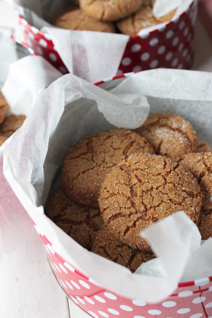 ginger molasses cookies 2